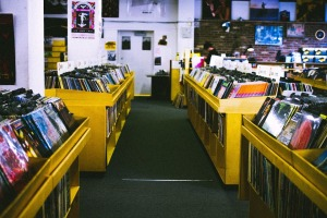 record-store-925553_960_720
